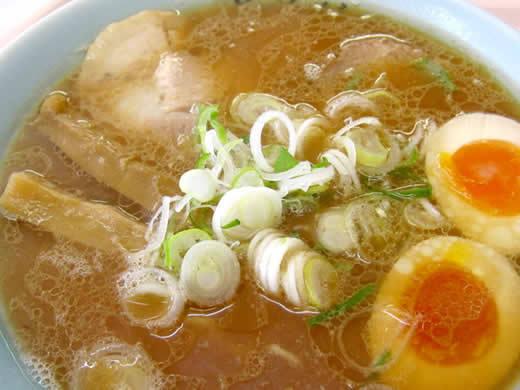 動物系と魚介系のWスープ