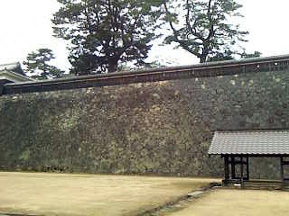 松江城の城壁