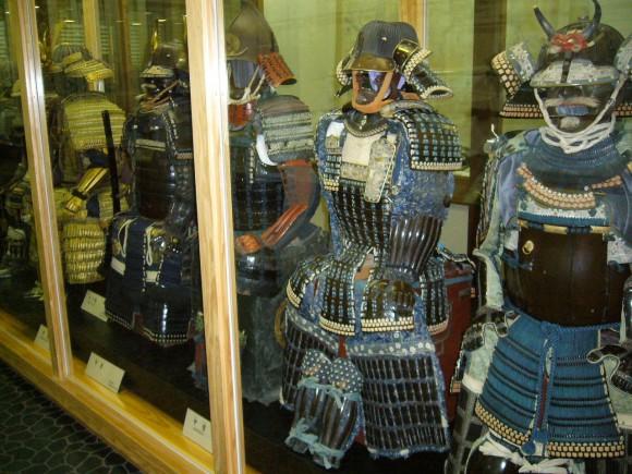 飫肥藩ゆかりの鎧兜