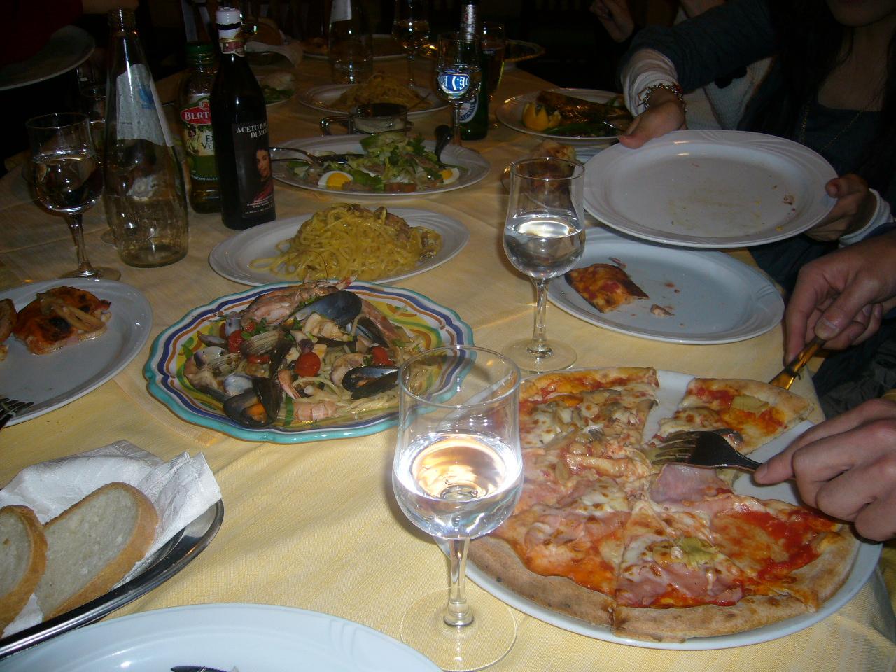 「LA MELA」での食卓