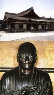 西院御影堂(画像上)、弘法大師像(画像下)